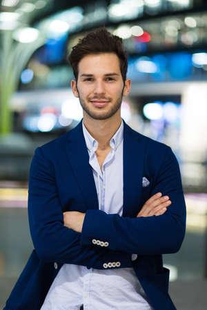 Young businessman outdoor 免版税图像 - 154906052