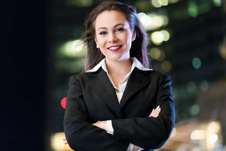Smiling businesswoman outdoor 免版税图像 - 154906070