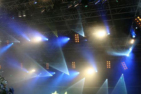 fari da palco: Fase luci multicolore. Sulla mostra