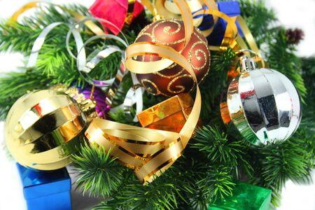 christmas deco: Navidad deco de antecedentes - con arco de madera de con�fera juguetes