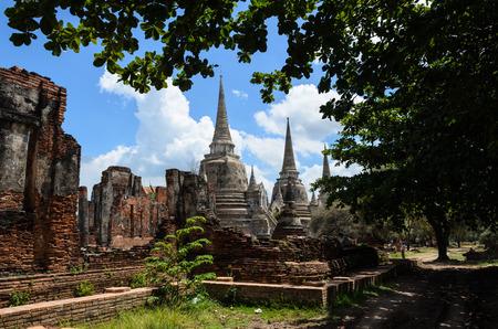 Ancient wat in Thailand photo