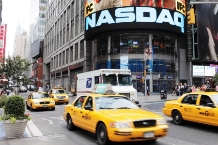 NEW YORK CITY, USA - JUNE 12: NASDAQ building on Times Square. NASDAQ is an American stock exchange. June 12, 2012 in New York City, USA Publikacyjne