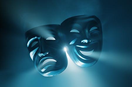 laughing face: Weinen und lächeln Masken in dunstigen Licht. Lizenzfreie Bilder