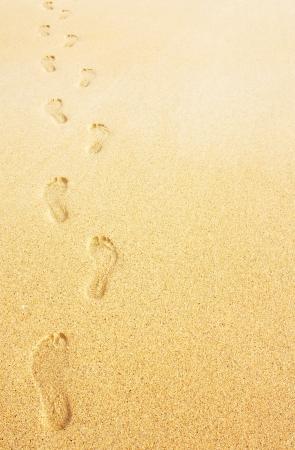 huellas de pies: Huellas en la arena background concepto de negocio para viajar