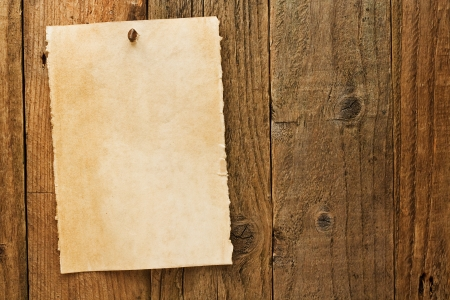 vaquero: El papel de pergamino signo aviso similar al vaquero sucio quer�a carteles utilizan a menudo para simbolizar el salvaje oeste de am�rica Foto de archivo