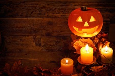 halloween ab�bora esculpida fundo durante o outono para celebrar um festival pag�o uma adapta��o moderna do festival dos mortos Imagens