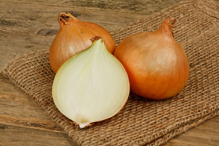 onion peel: fresh onions a common vegetable in a traditional rustic setting