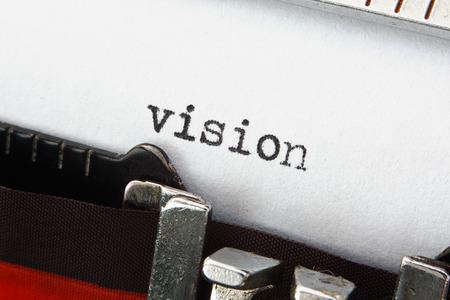 vision futuro: La palabra visi�n en una m�quina de escribir de �poca, gran concepto de nuevas ideas o presentaciones de ventas