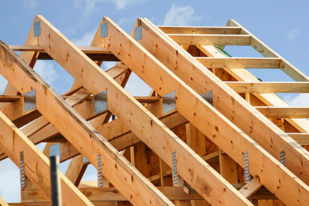 Standard timber framed building with close up on the roof trusses Imagens - 49974819