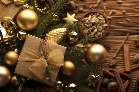 クリスマスのテーマ。プレゼントや装飾品。