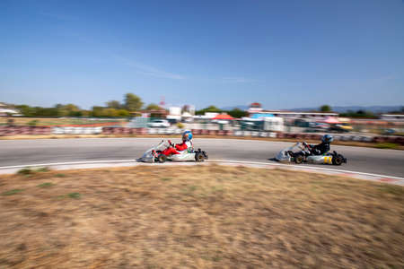 Karting races with the pan technique (Go-Kart)