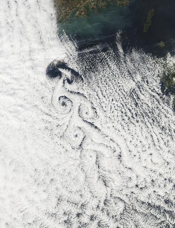 vortices: Von Karmann cloud vortices off the coast of Cheju Do LANG_EVOIMAGES
