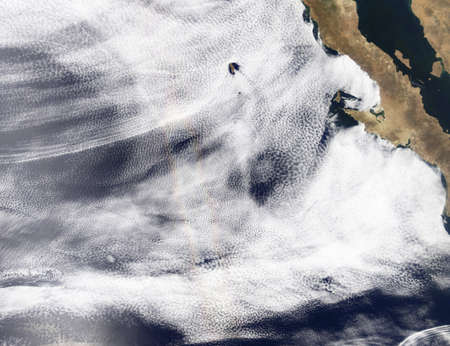 vortices: Glory over the Pacific Ocean LANG_EVOIMAGES