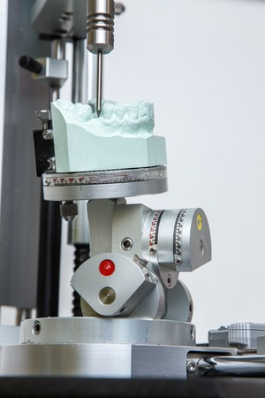 alloys: machine for the acquisition of file for the construction of surgical dima, for dental prostheses