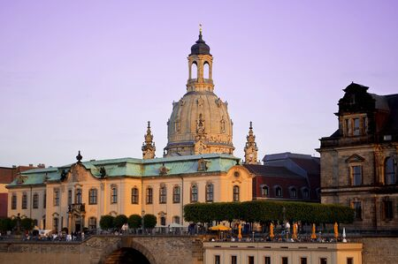 German Town Dresden with church Frauenkirche Standard-Bild - 129362159