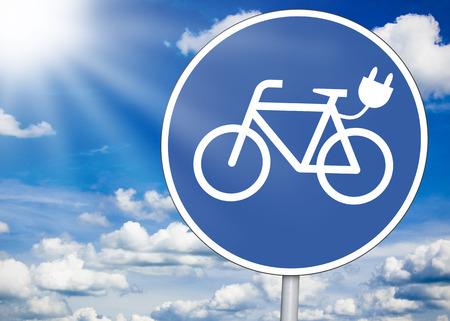 Segnale stradale con e-bike