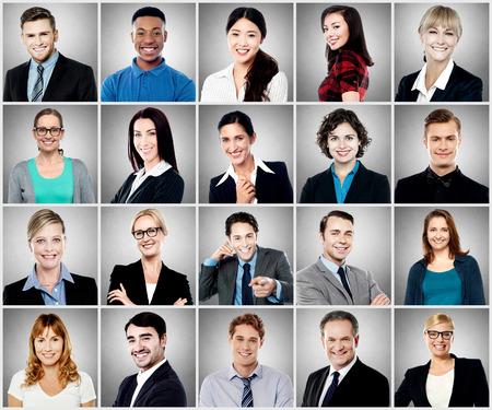 pessoas: Grupo de diferentes pessoas sorrindo