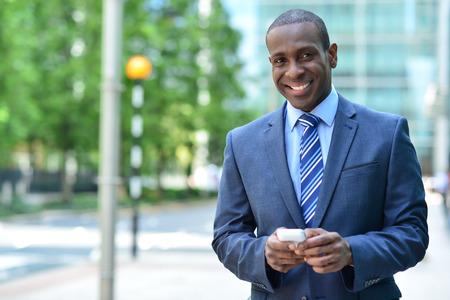 スマート フォン幸せビジネス専門テキスト メッセージ 写真素材