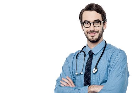 estetoscopio: M�dico masculino con el estetoscopio