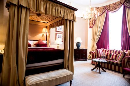 luxury bedroom: Modern master luxury bedroom Stock Photo