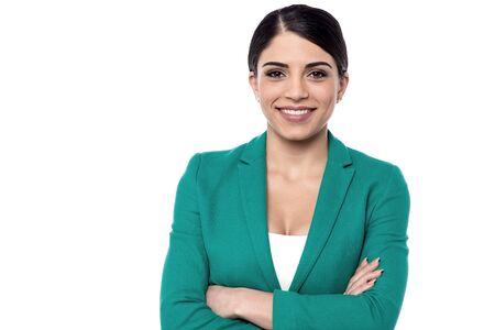 secretaria: Señora joven en un traje formal