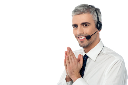 experienced operator: Sales executive wearing headset