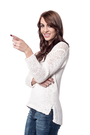 dedo �ndice: el dedo �ndice de joven modelo que apunta a algo