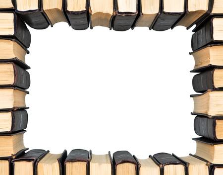 libros antiguos: Marco de los libros de grupo aislado en el fondo blanco