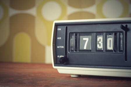 vintage radio: Wake up! vintage alarm clock radio