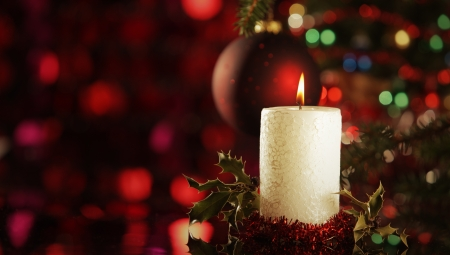 Christmas candles under the tree Christmas Stock Photo - 15683128