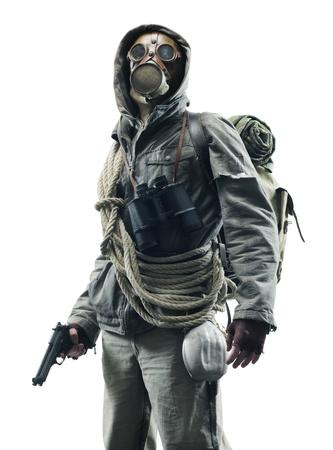 gasmasker: Bericht apocalyptische overlevende in gasmasker op een witte achtergrond