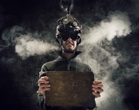 gefangener: Man tr?gt eine Gehirn-Steuerung Helm, menschliche Gehirn im Zusammenhang mit Experimenten