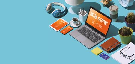 Aplicaciones de compras en línea en computadoras portátiles y dispositivos móviles isométricos: concepto de comercio minorista y electrónico, escritorio isométrico con espacio de copia en blanco