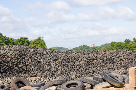Heap of old tires  in recycling plant in Thailand Stok Fotoğraf - 85287904