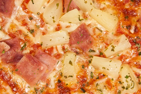 Closeup picture of an hawaii pizza