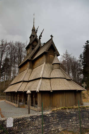 A picture of a stave church in Bergen, fana  photo