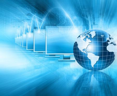 El mejor concepto del Internet. Globo, líneas brillantes en el fondo tecnológico. Electrónica, Wi-Fi, rayos, símbolos de Internet, televisión, comunicaciones móviles y por satélite. Ilustración Tecnología