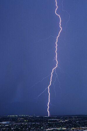 se: Lightning strikes over SE Arizona, USA. (Tucson). Stock Photo