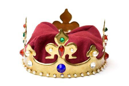 koninklijke kroon: Imitatie van gouden koninklijke kroon over witte achtergrond. Stockfoto