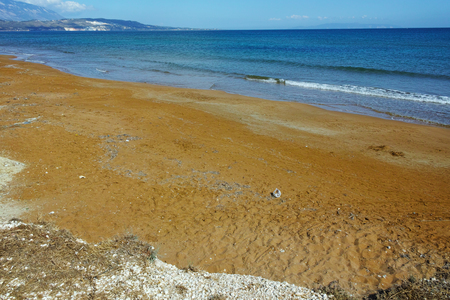 cefallonia: Red sands of xsi beach, Kefalonia, Ionian Islands, Greece