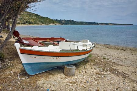cefallonia: Old Boat at small port, Kefalonia, Ionian islands, Greece
