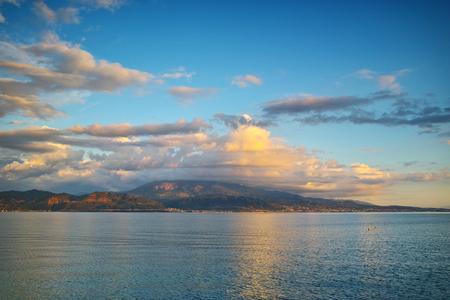 peloponnes: Amazing Sunset seascape from Nafpaktos, Patra, Western Greece Stock Photo