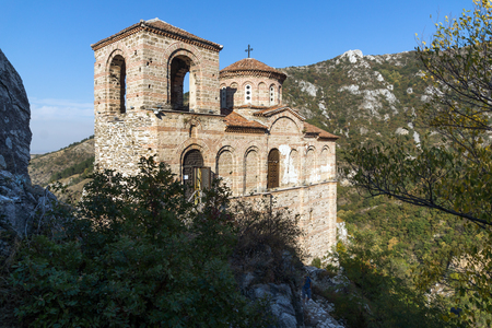 assen: Church of the Holy Mother of God in Asens Fortress and Rhodopes mountain, Asenovgrad, Plovdiv Region, Bulgaria Stock Photo