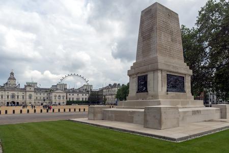 st jamess: LONDON, ENGLAND - JUNE 17 2016: Guards Division Memorial in St Jamess Park, London, England, Great Britain