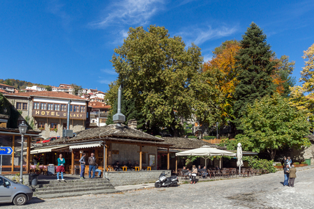 fasade: METSOVO, EPIRUS, GREECE - OCTOBER 19 2013: Panoramic view of village of Metsovo near city of Ioannina, Epirus Region, Greece Editorial