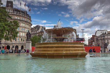 george: LONDON, ENGLAND - JUNE 16 2016: Trafalgar Square, City of London, England, Great Britain Editorial