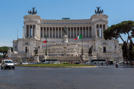 ROME, ITALY - JUNE 23, 2017: Amazing view of Altar of the Fatherland- Altare della Patria, known as the national Monument to Victor Emmanuel II in city of Rome, Italy Редакционное