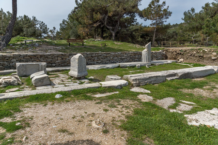 Amazing view of Ruins in Archaeological site of Aliki, Thassos island,  East Macedonia and Thrace, Greece Stockfoto