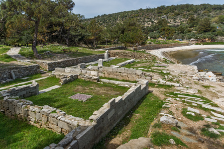 Amazing view of Ruins in Archaeological site of Aliki, Thassos island,  East Macedonia and Thrace, Greece Foto de archivo