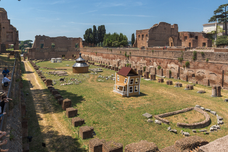ROME, ITALY - JUNE 24, 2017: Panoramic view of ruins in Palatine Hill in city of Rome, Italy Redakční